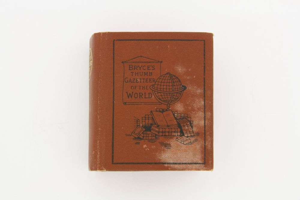 Miniature book | Collections Online - Museum of New Zealand